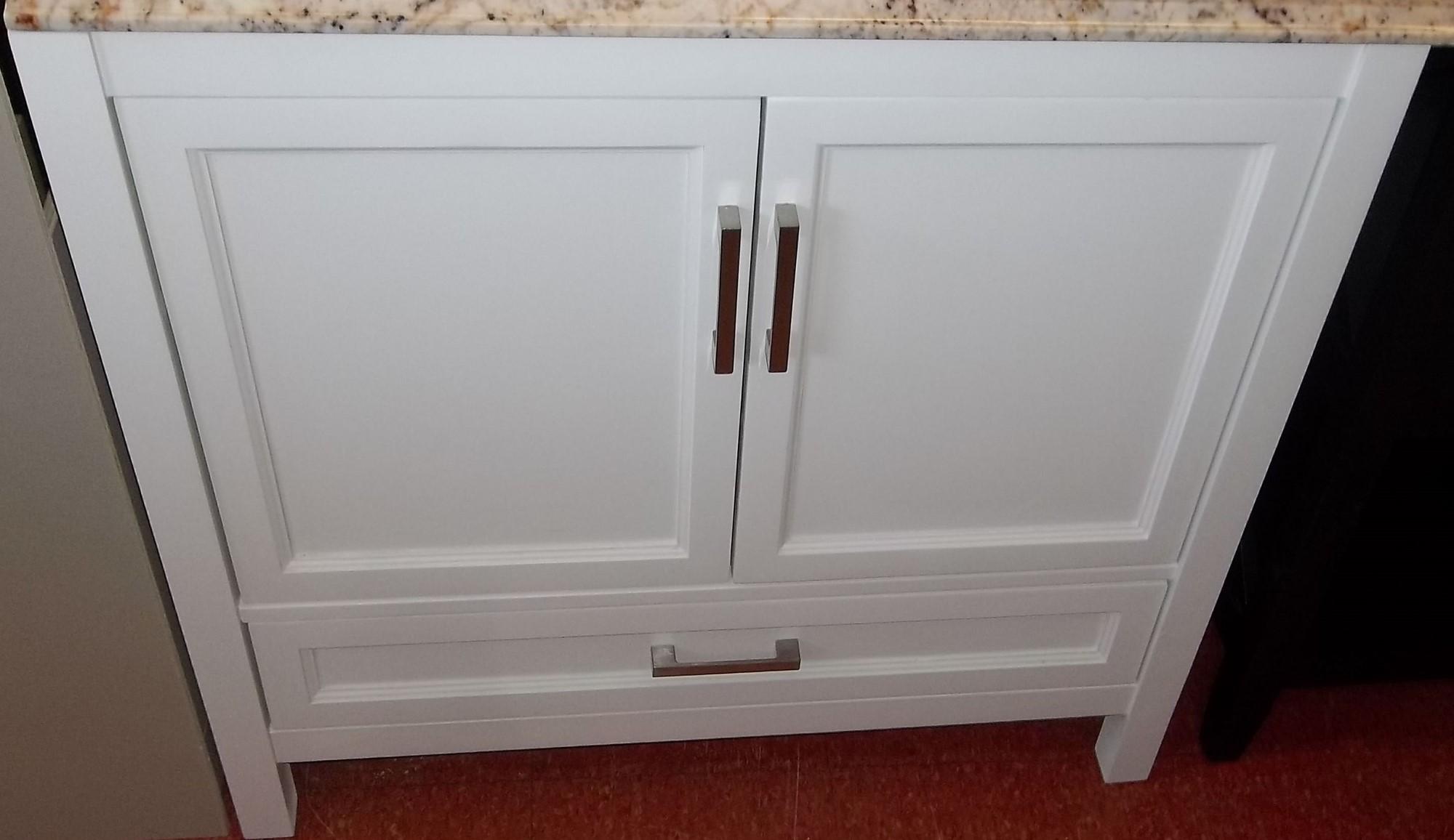 Salisbury White Vanity 36x21 $315